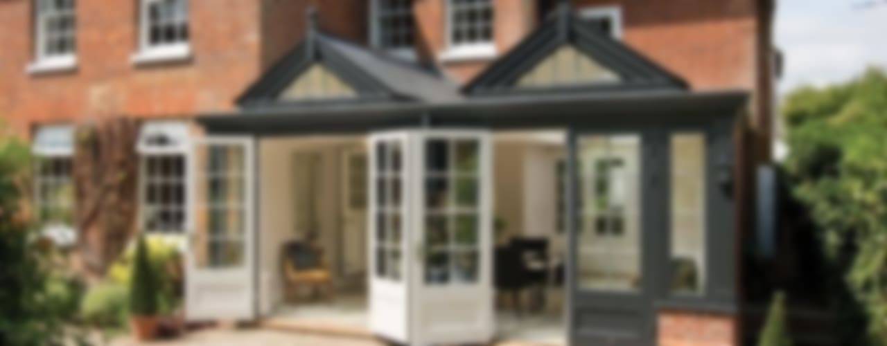 Timber Garden Room in Buckinghamshire Classic style conservatory by Westbury Garden Rooms Classic
