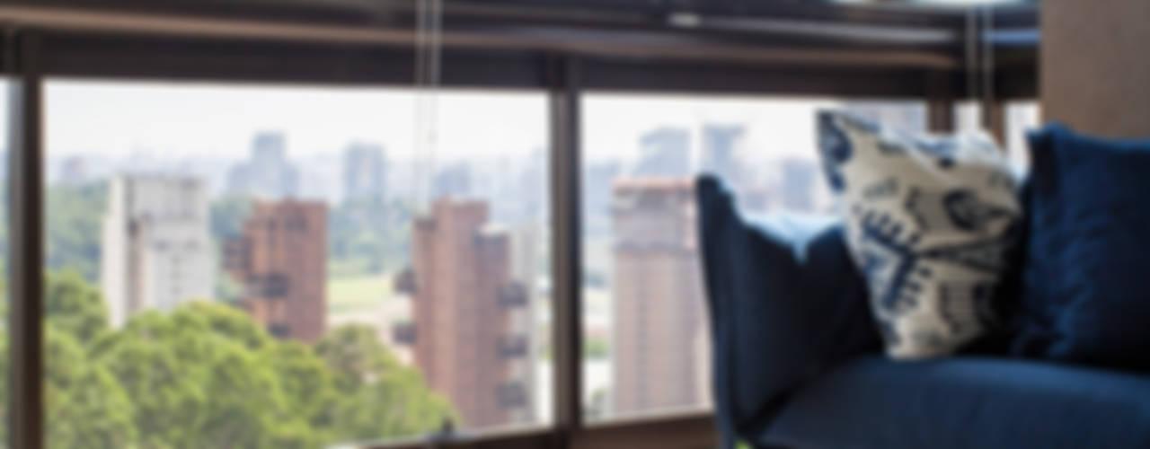 بلكونة أو شرفة تنفيذ Helô Marques Associados, تبسيطي