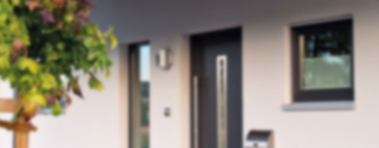 Ventanas de estilo  por FingerHaus GmbH - Bauunternehmen in Frankenberg (Eder)