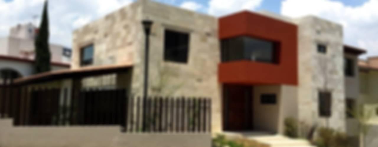 Modern houses by Revah Arqs Modern