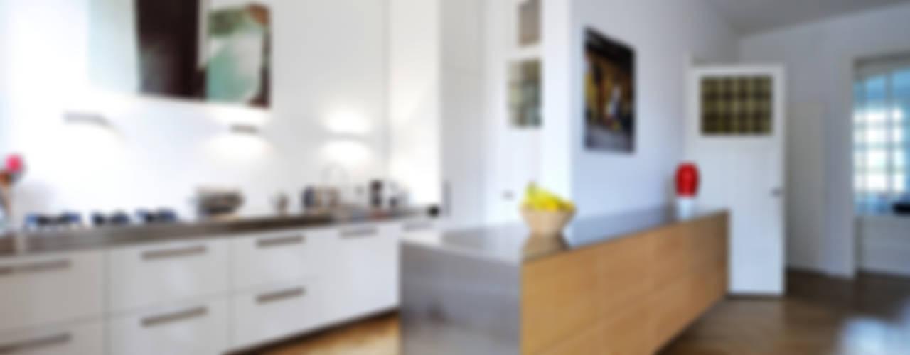 Verbouwing woonhuis Rotterdam:  Keuken door Voorwinde Architecten,
