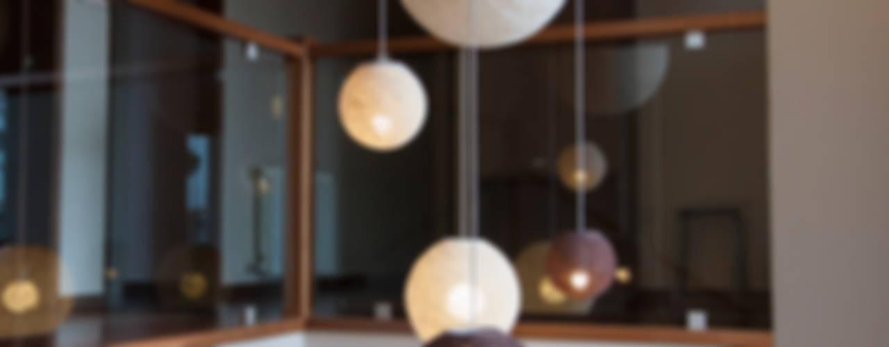 Espacios amplios integrados. Madera-tierra-beige de Estudio Alvarez Angiono Moderno