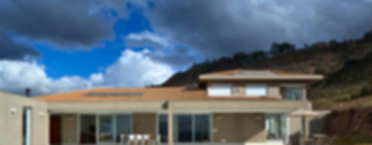 Casa Condomínio Quintas do Morro - Nova Lima (MG) Lage Caporali Arquitetas Associadas Casas ecléticas
