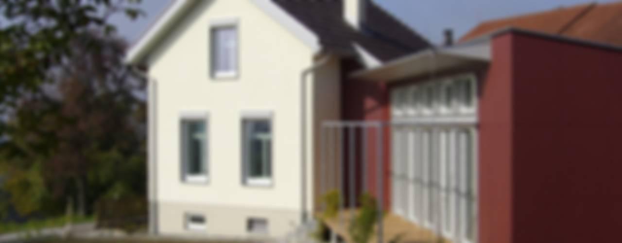 Um- und Anbau EFH Stickerhäuschen Landhäuser von mmarch gmbh - Mader Marti Architektur ETH SIA Landhaus