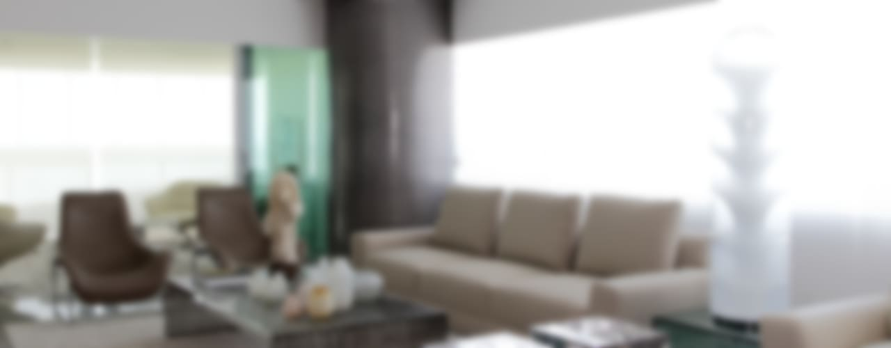 APARTAMENTO 400m2 - AV BOA VIAGEM - RECIFE/PE Salas de estar modernas por ROMERO DUARTE & ARQUITETOS Moderno