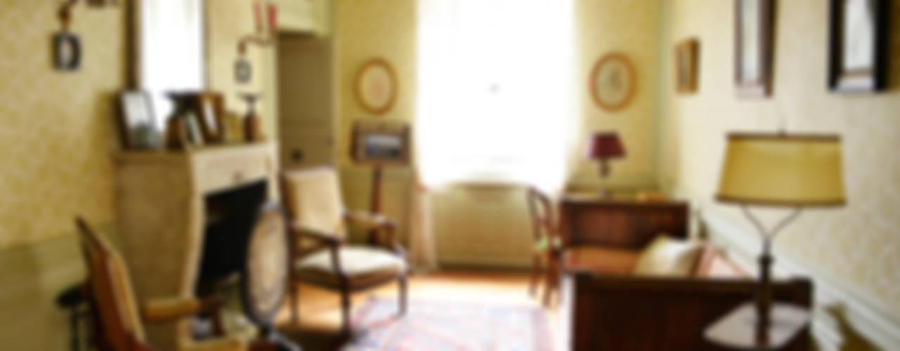 Une maison de maître dans l'Ain Salon classique par le songe du miroir photographe Classique