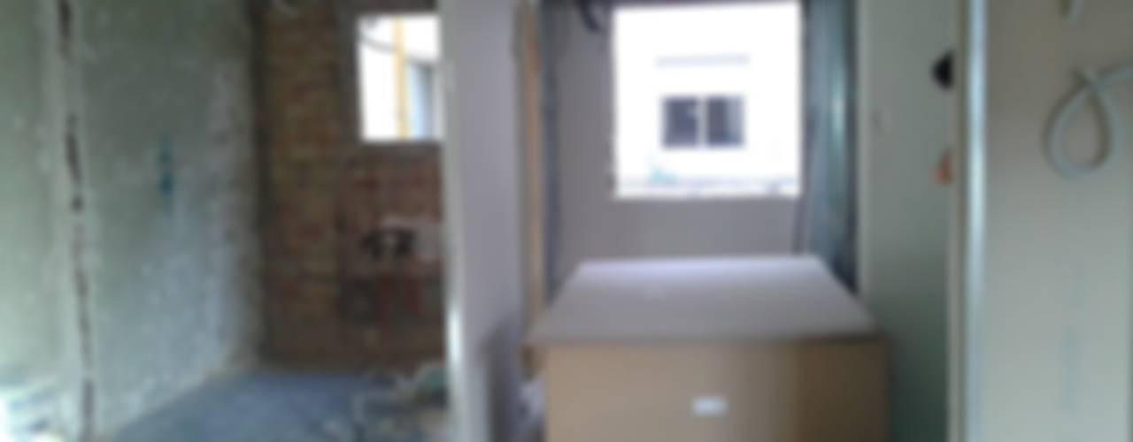 modern  door cota-zero, tenica y construcción integrada, s.l., Modern