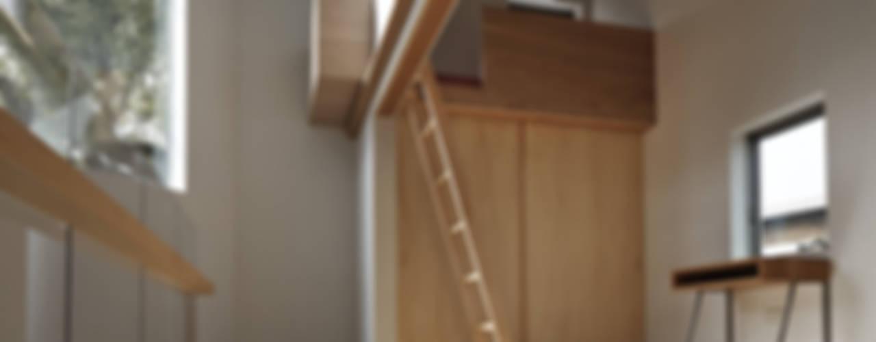 段床三角ボイドの家 オリジナルデザインの 子供部屋 の 宮武淳夫建築+アルファ設計 オリジナル