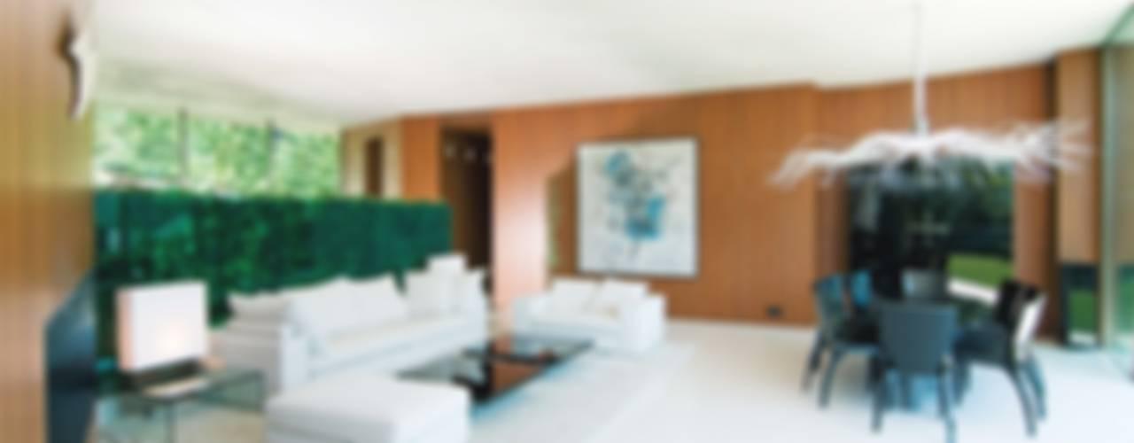 غرفة المعيشة تنفيذ SilvestrinDesign, حداثي