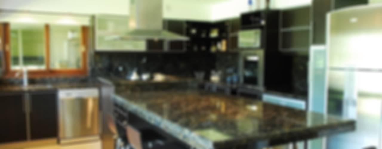 Cozinhas  por Opra Nova - Arquitectos - Buenos Aires - Zona Oeste