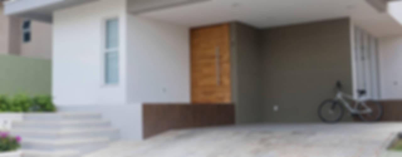 Casas modernas de POCHE ARQUITETURA Moderno