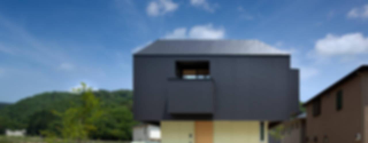 Moderne Häuser von 安部秀司建築設計事務所 Modern