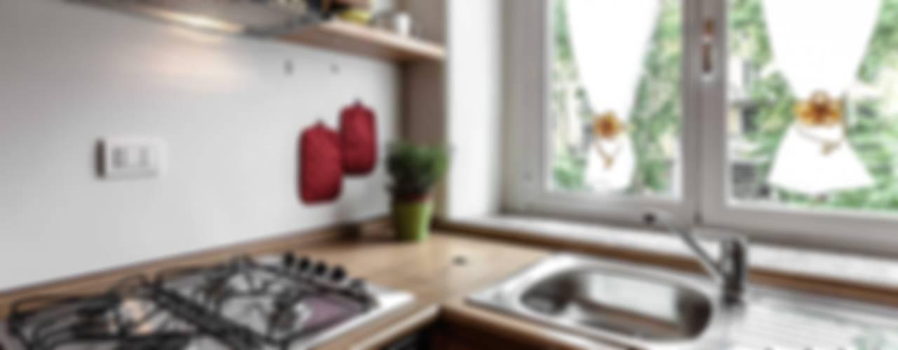 Casa R Cucina moderna di Architrek Moderno