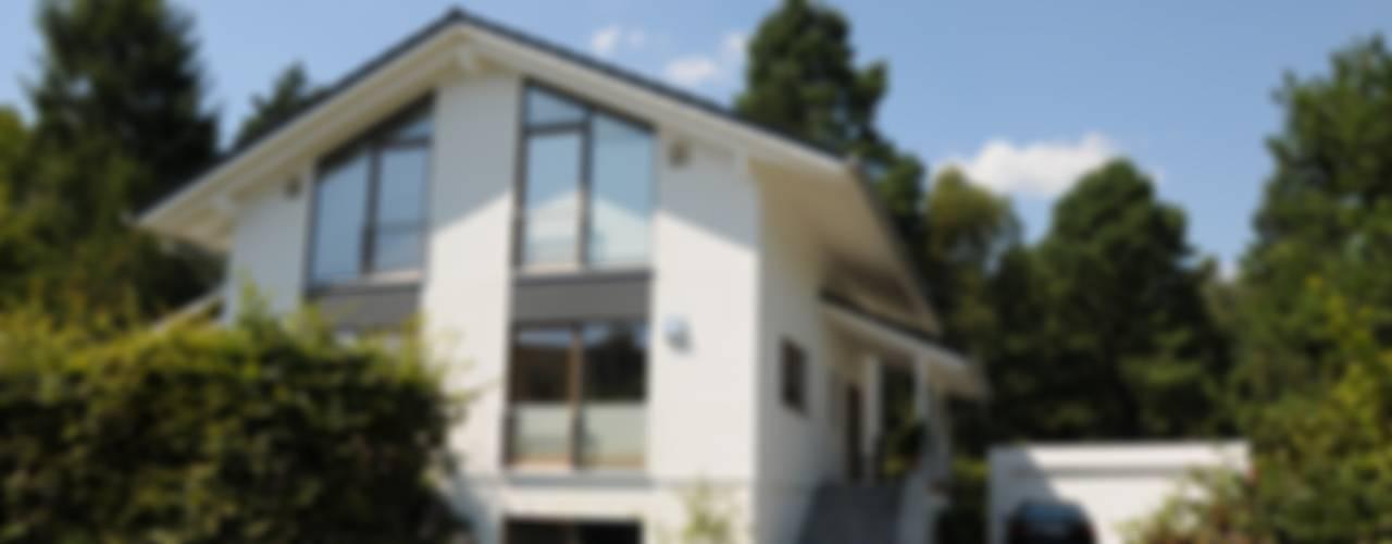 Nowoczesne domy od Dammann-Haus GmbH Nowoczesny