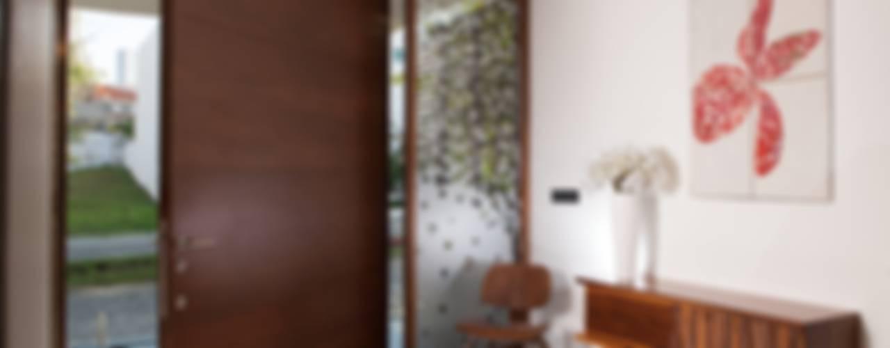 Projekty,  Okna zaprojektowane przez GLR Arquitectos, Nowoczesny