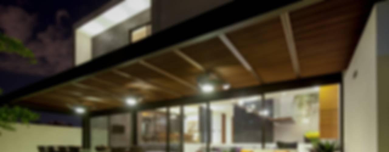 Terrazas de estilo  por GLR Arquitectos