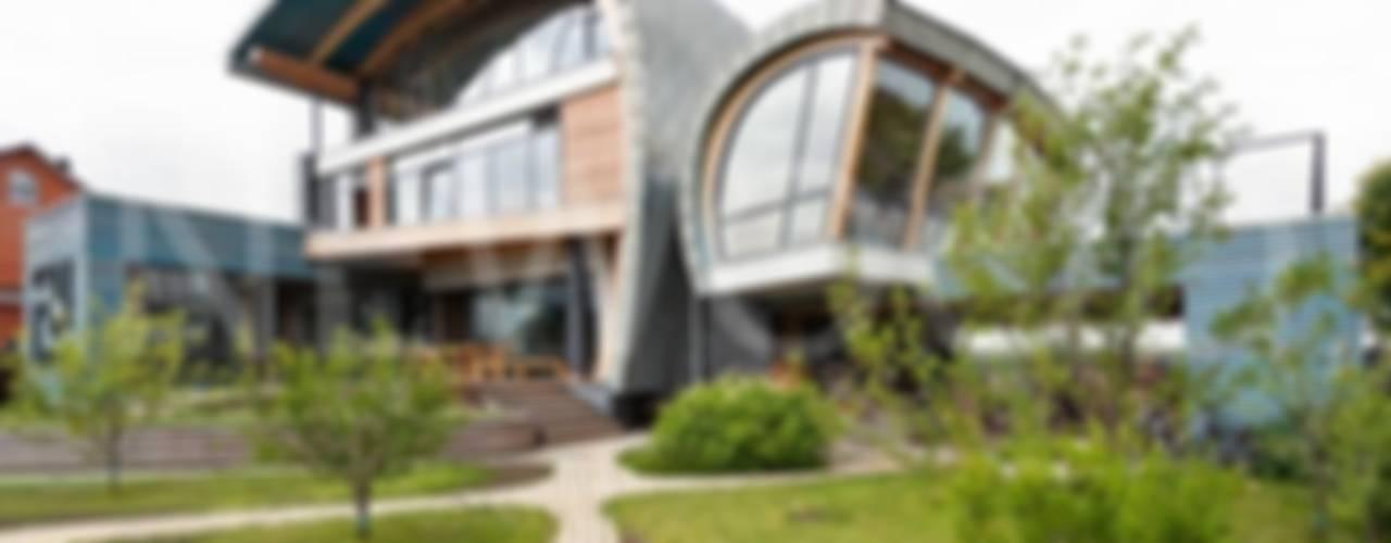 Sailor House: Окна в . Автор – NEWOOD - Современные деревянные дома,