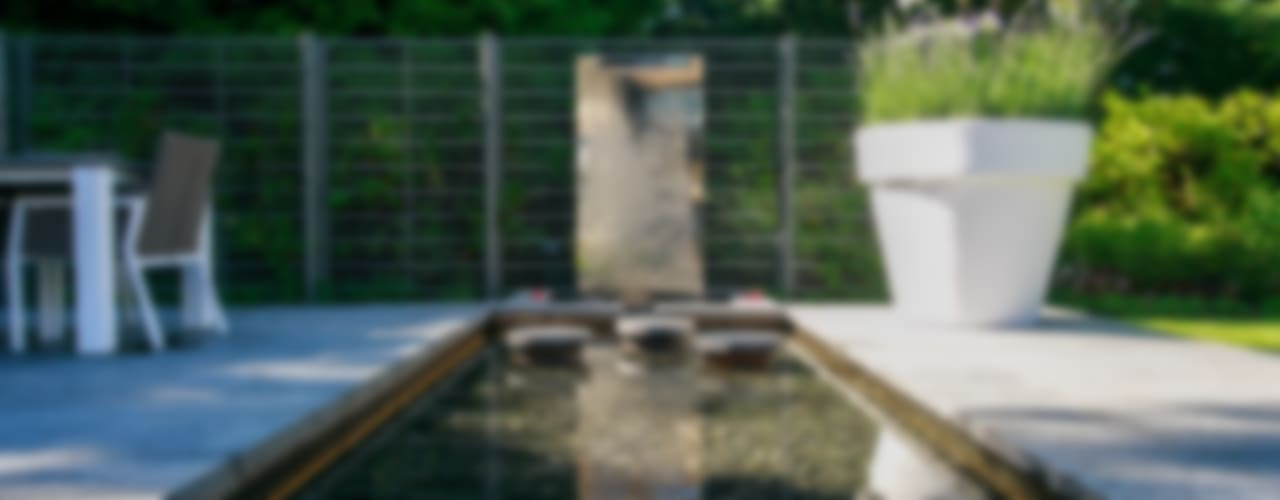 Jardines de estilo moderno por Barnes Walker Ltd