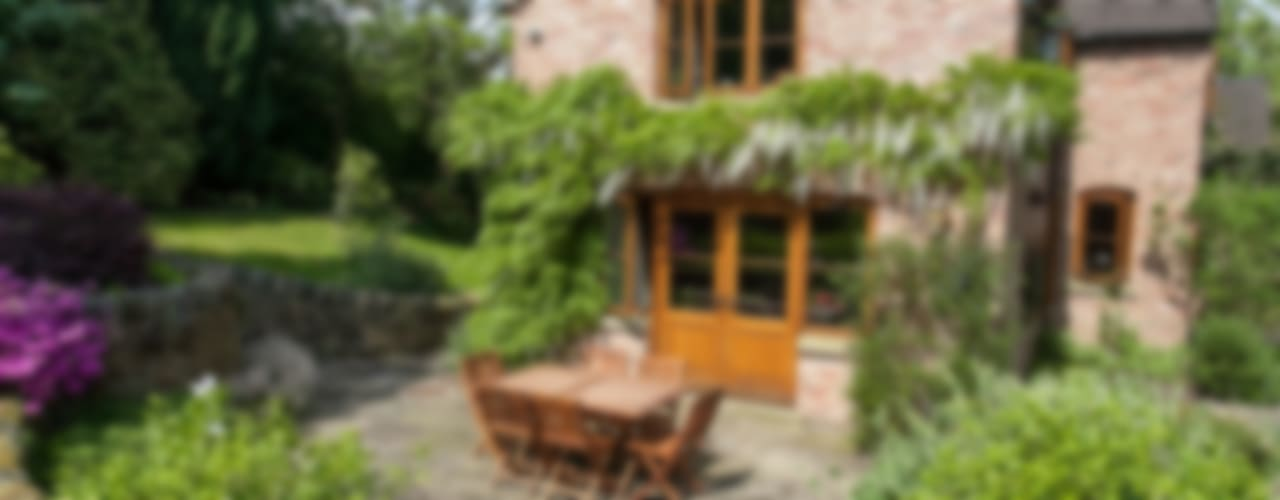 Cottage Garden, Cheshire Barnes Walker Ltd Rustic style garden