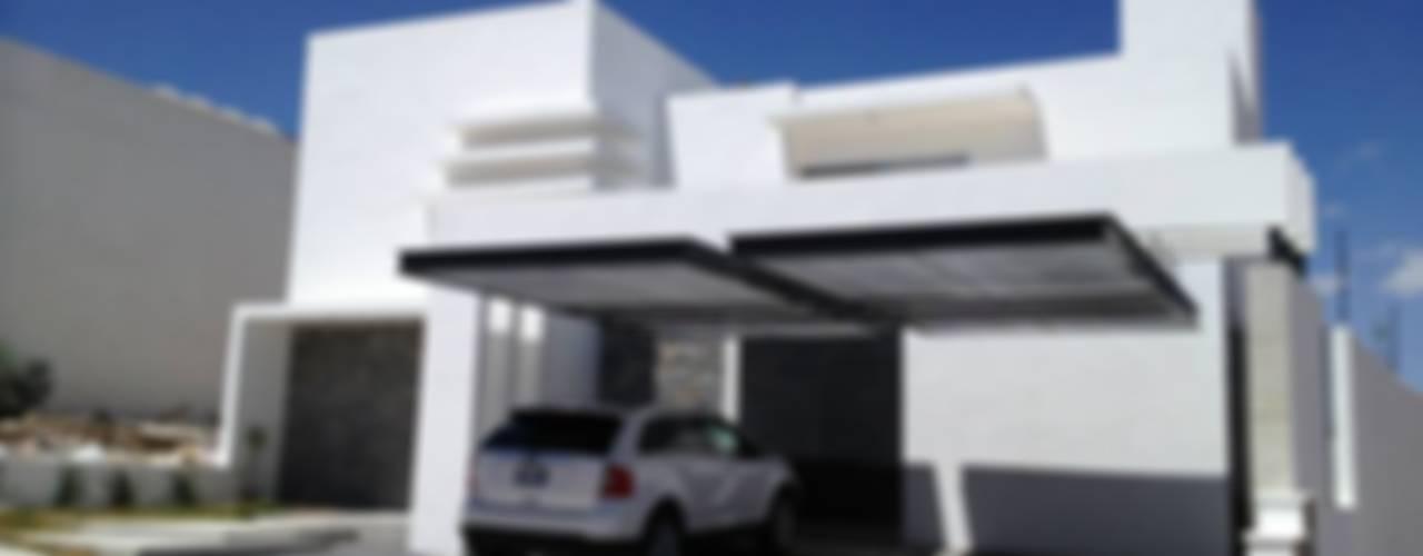 Carmen: Casas de estilo  por SANTIAGO PARDO ARQUITECTO