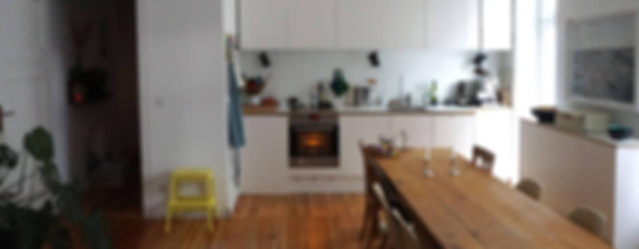 Wohnküche:   von Susanne Stauch