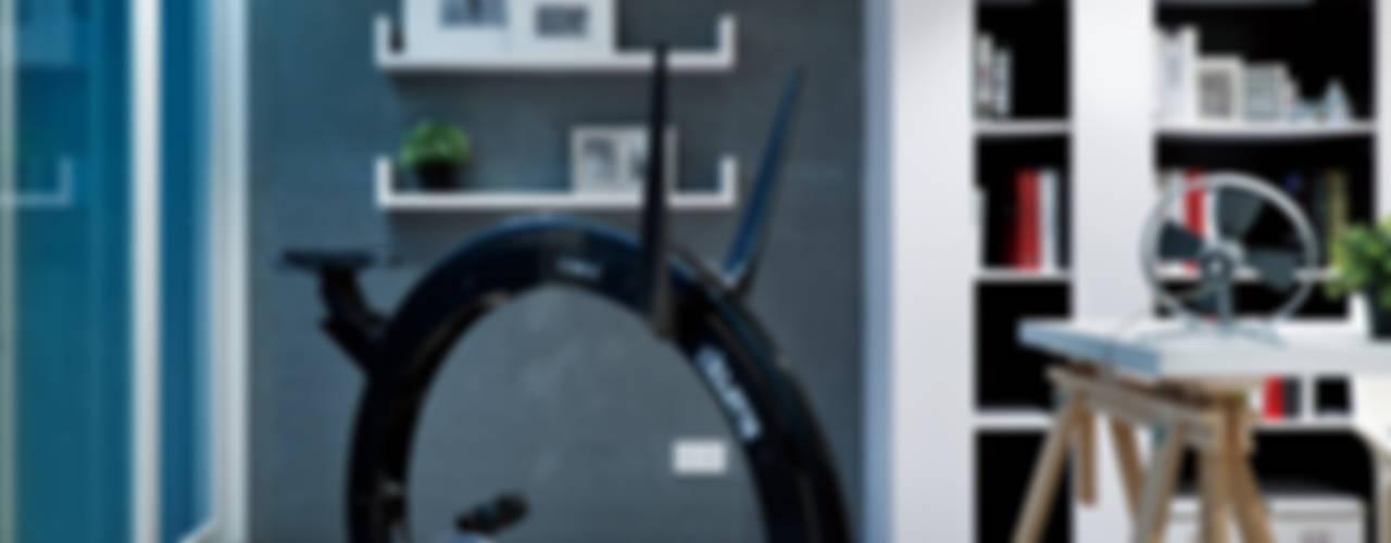 Gym by Millimeter Interior Design Limited