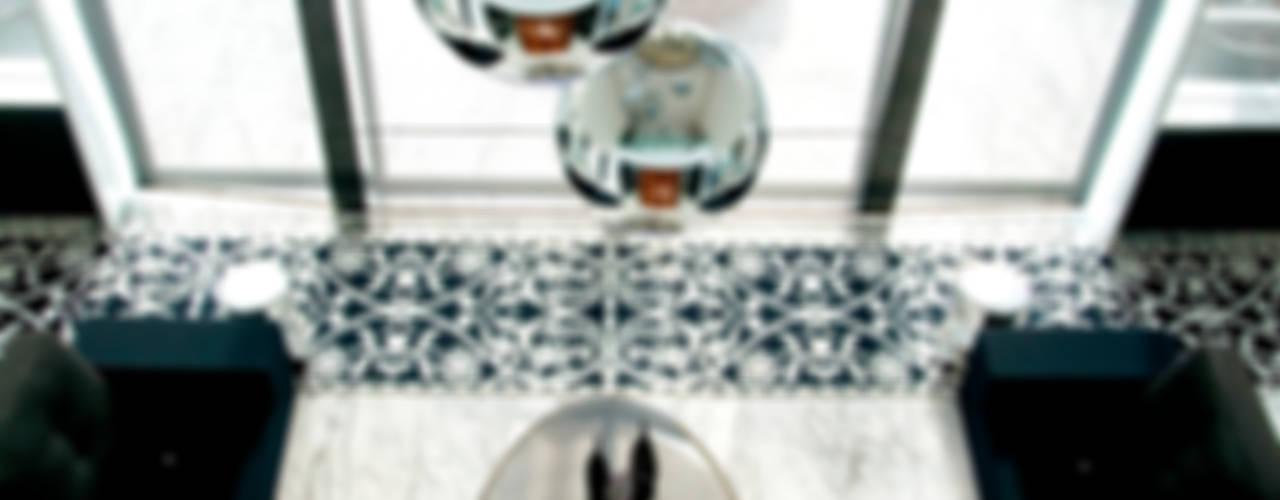 Phòng khách phong cách kinh điển bởi Brunete Fraccaroli Arquitetura e Interiores Kinh điển