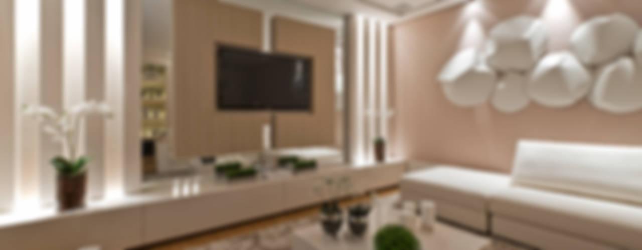 Casa Cor PR 2012 Salas de estar modernas por Rolim de Moura Arquitetura e Interiores Moderno