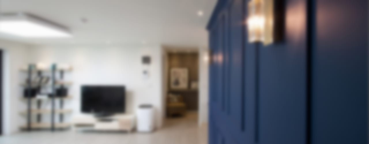 블루포인트 아파트 리모델링 모던스타일 거실 by 디자인투플라이 모던