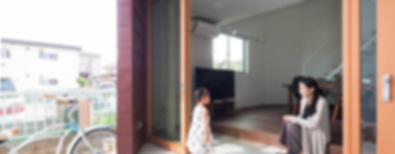 모던스타일 주택 by 一級建築士事務所 本間義章建築設計事務所 모던