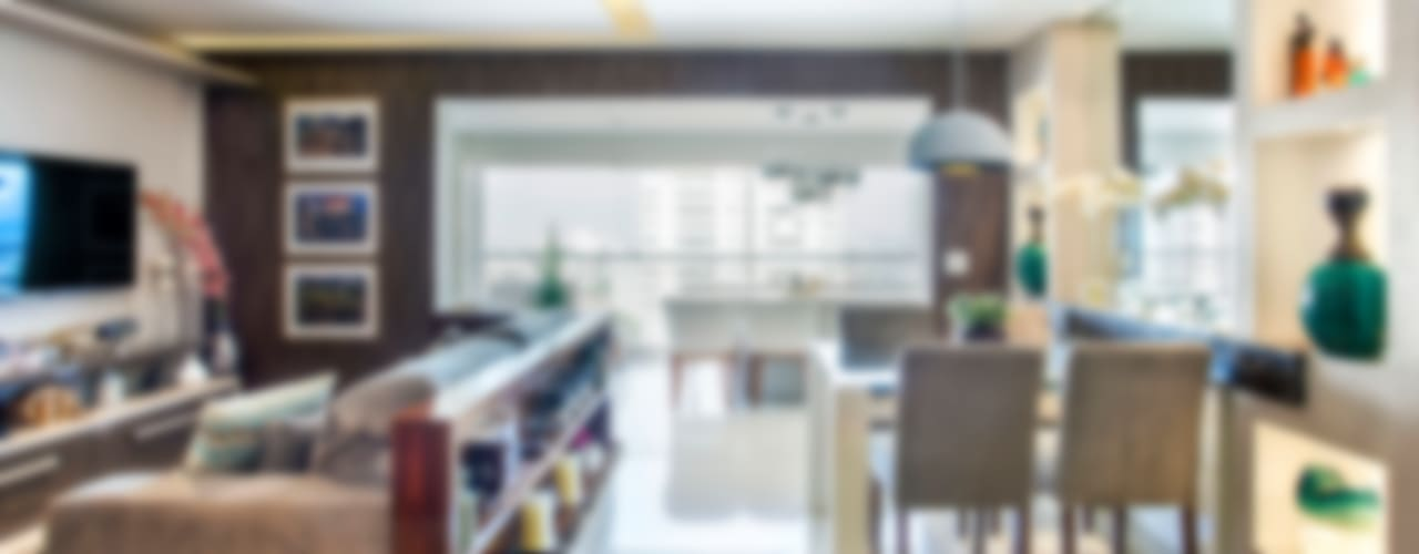 Salas de estilo  por Adriana Pierantoni Arquitetura & Design