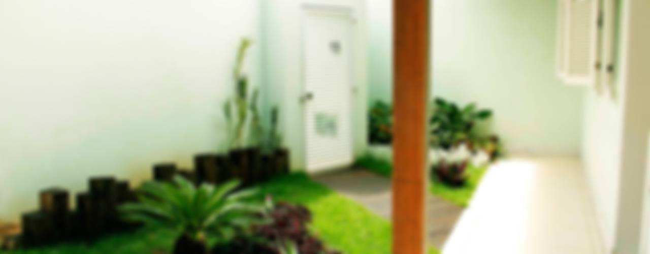 Jardines clásicos de Na Lupa Design Clásico