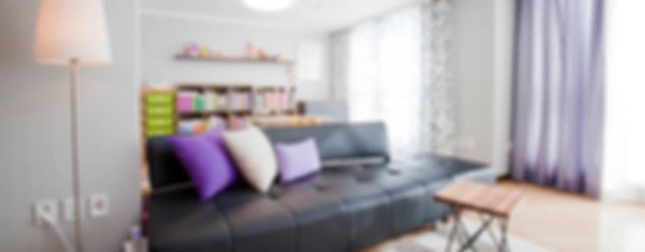 판교 아파트 홈드레싱 스칸디나비아 거실 by LYCKA interior & styling 북유럽