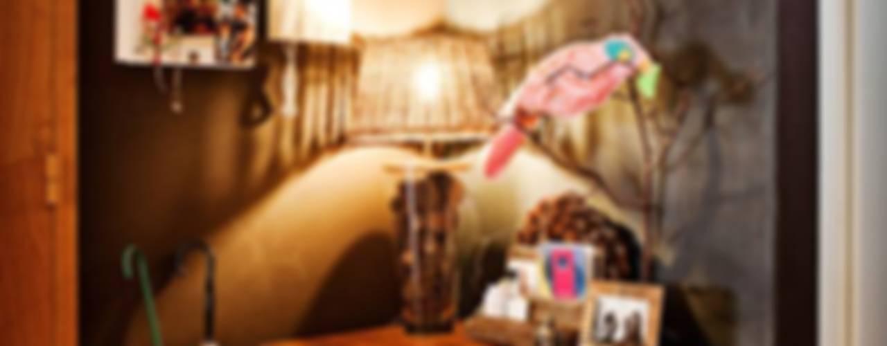 Casa particular Corredores, halls e escadas rústicos por Gavetão- Decoração de Interiores Rústico