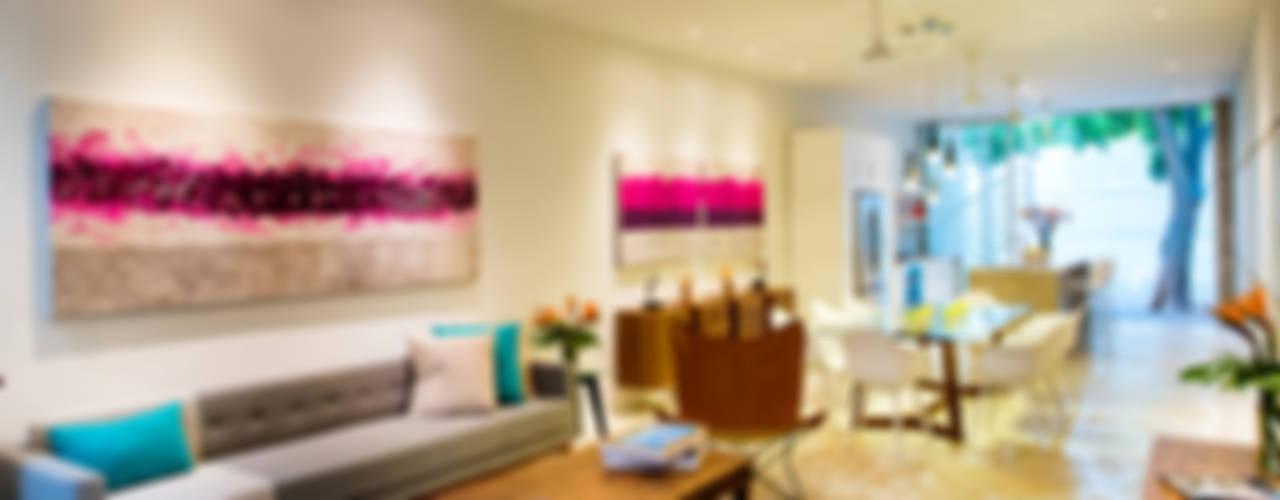 Salas de estar modernas por HPONCE ARQUITECTOS Moderno