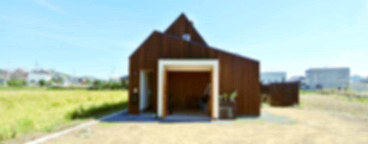 House for DONKORO 모던스타일 주택 by シキナミカズヤ建築研究所 모던
