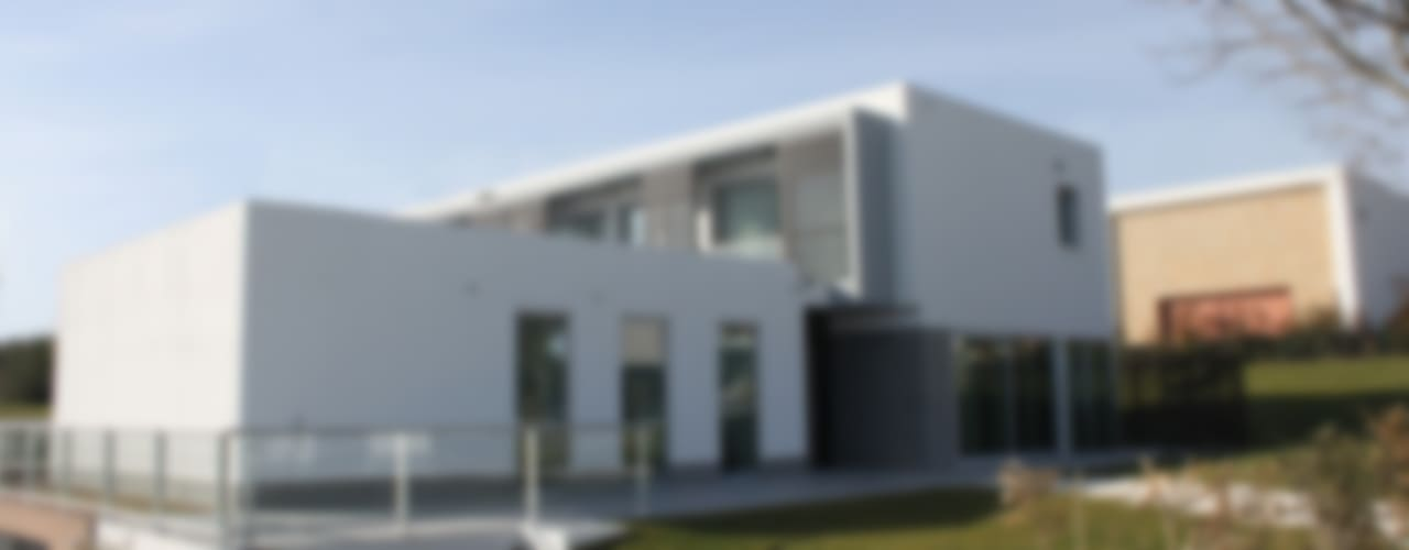 Moradia Unifamiliar . Belas Clube de Campo Casas modernas por Getin - Architecture and Interior design Moderno