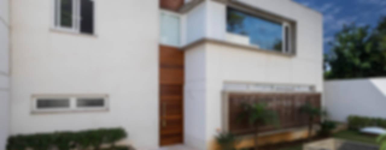 Modern houses by Cactus Arquitetura e Urbanismo Modern