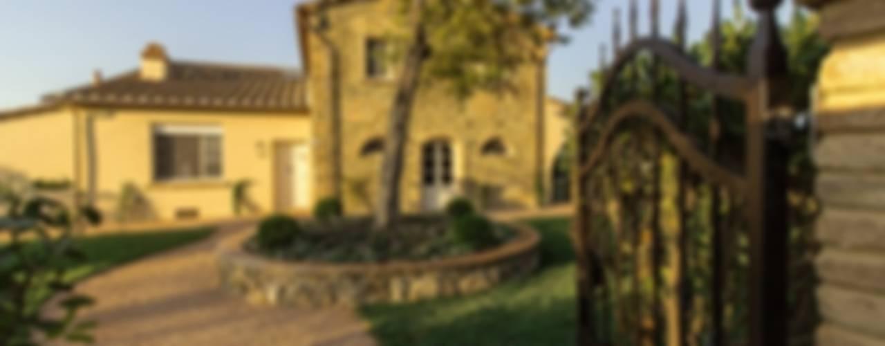 Locanda dell'Aioncino Camera da letto in stile rustico di Studio Luppichini Rustico