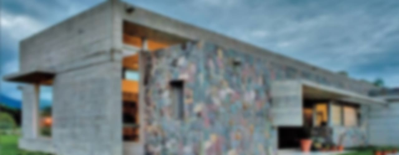 Casa El Tipal - Hormigón: Paredes de estilo  por Proyecto Norte,Moderno