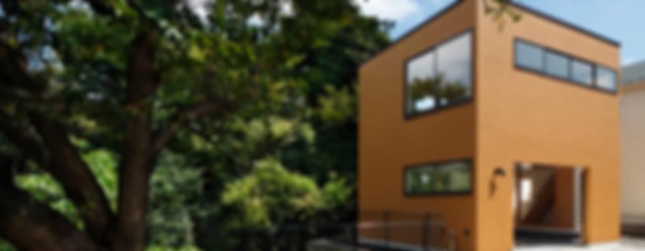Moderne Häuser von 向山建築設計事務所 Modern