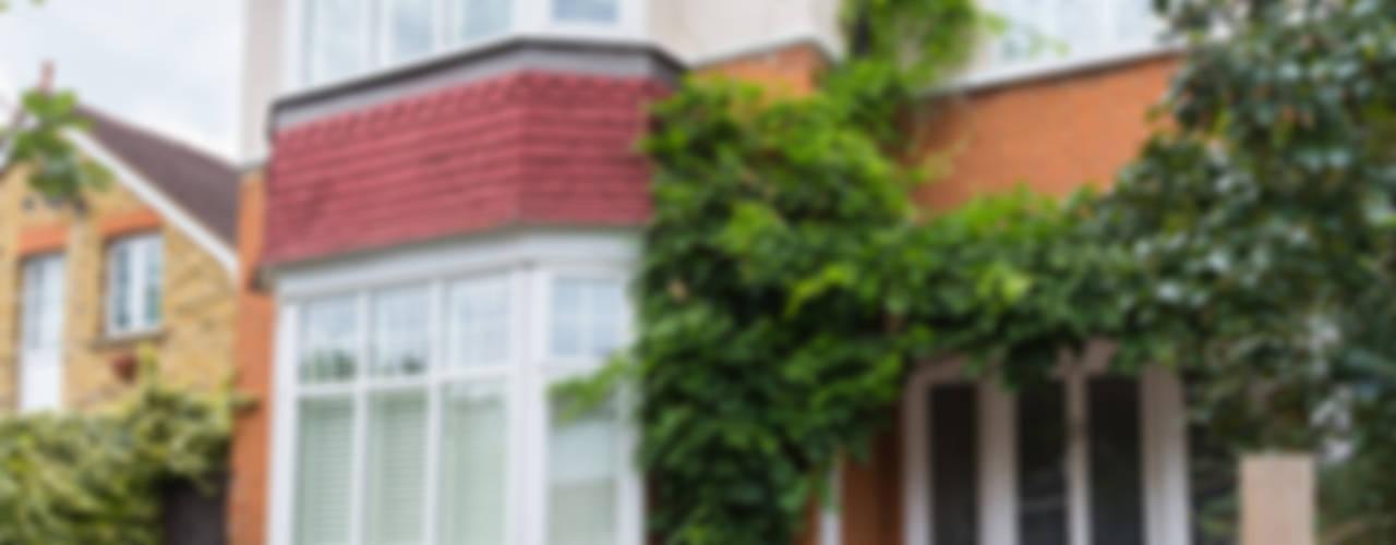 Loft Conversion, Sheen SW14 Casas modernas por TOTUS Moderno