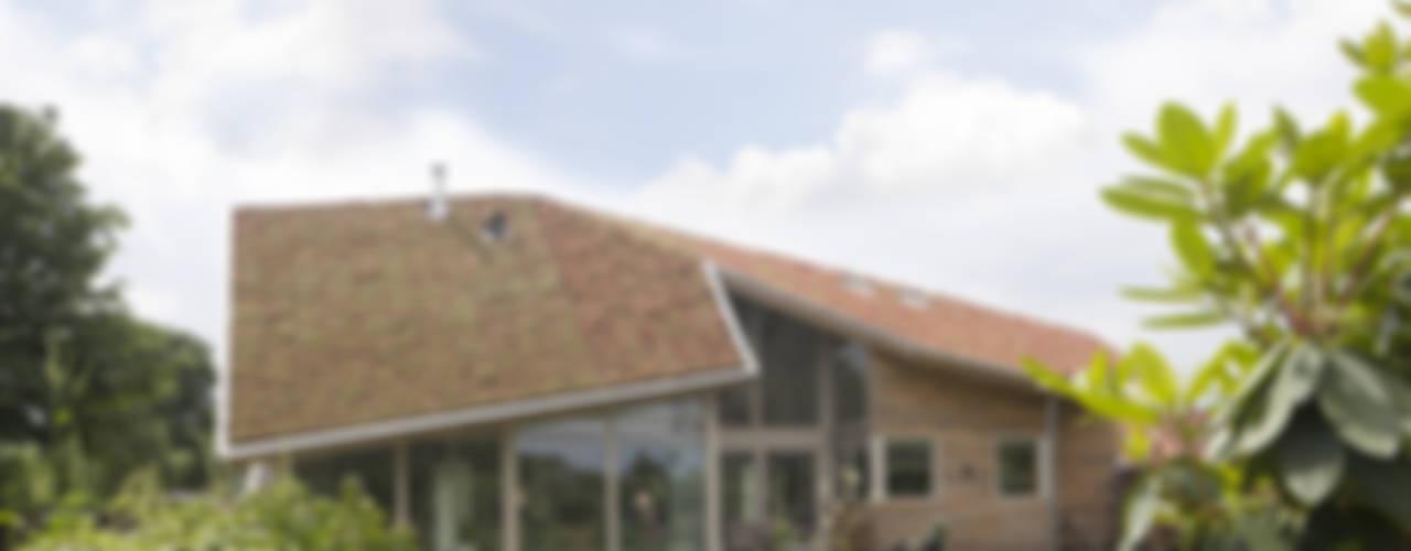 Woonhuis in Den Ham:  Huizen door hamhuis architecten, Modern