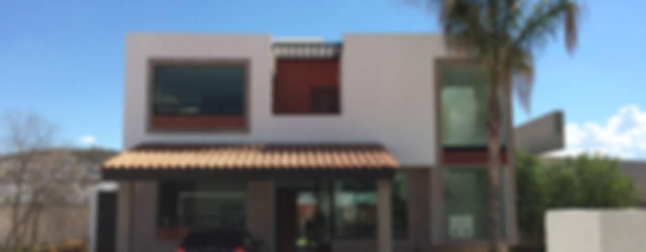 Balcon, Veranda & Terrasse modernes par Ambás Arquitectos Moderne