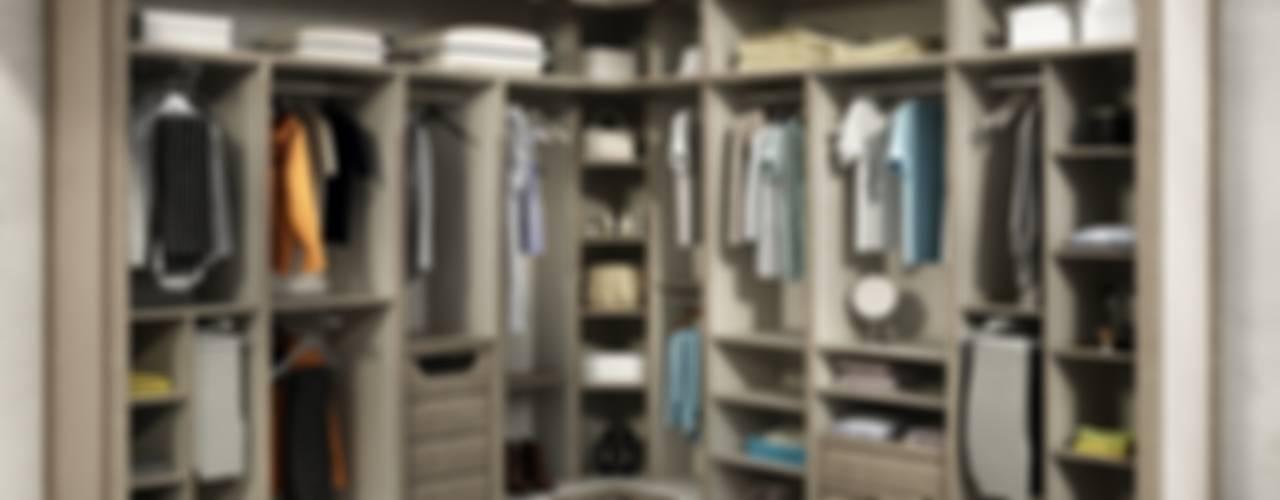 Closets de estilo moderno de TODOMADERA ESTEPONA Moderno
