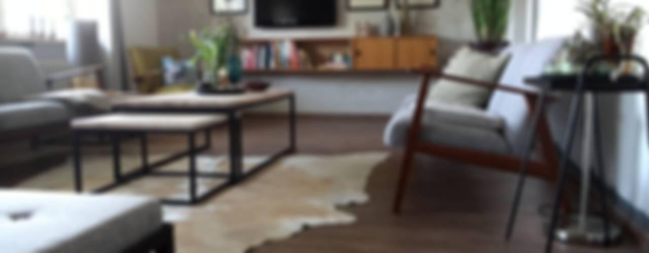 غرفة المعيشة تنفيذ DIE RAUMPIRATEN®