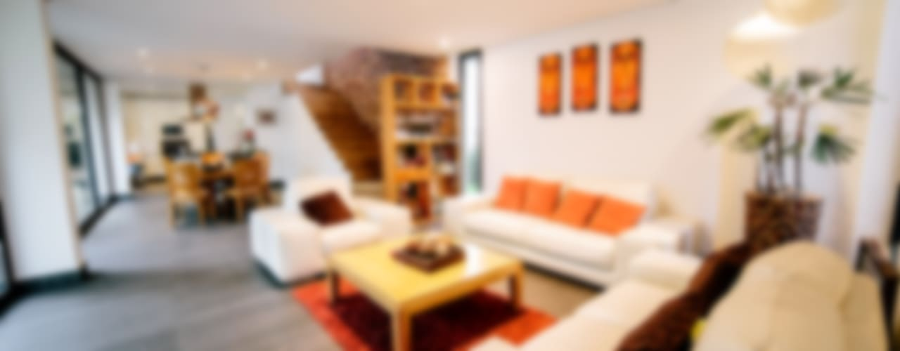 CASA LOS ENCINOS Salones minimalistas de gOO Arquitectos Minimalista