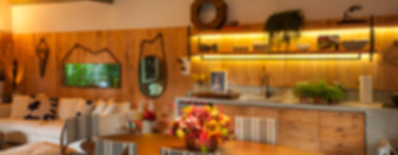 Küche von Marina Linhares Decoração de Interiores