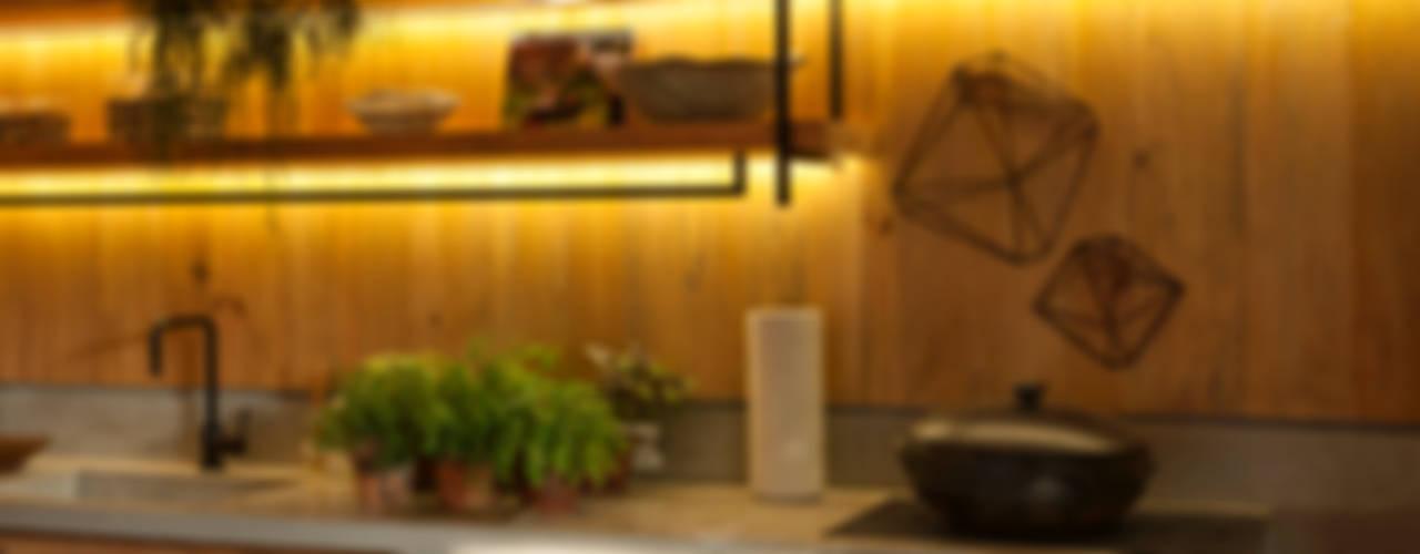 Marina Linhares Decoração de Interiores Tropical style kitchen