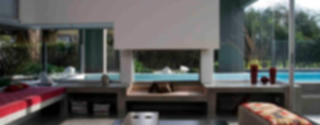 Woonkamer door Remy Arquitectos, Minimalistisch
